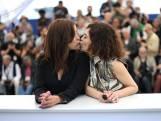 Cette actrice belge forcée de s'excuser publiquement à cause de ce bisou