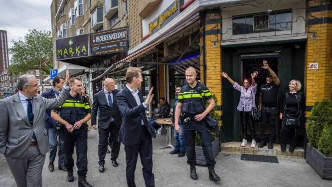 Rotterdamse winkelstraat knapt op door aanpak drugscriminaliteit: 'Beetje bij beetje komen we er wel'