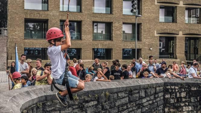 Auto's maken plaats voor sport en spel in centrum van Kortrijk tijdens Autovrije Zondag