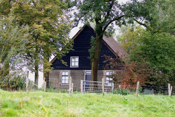 Het incident gebeurde in dit vakantiehuisje in de polder bij Hooge Zwaluwe.