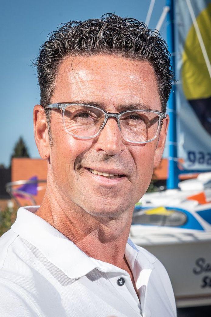 Burgemeester van Brakel Stefaan Devleeschouwer.