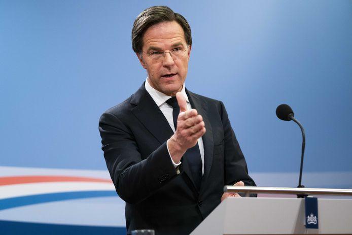 Premier Mark Rutte vrijdag tijdens de persconferentie over de reactie van het kabinet over de toeslagenaffaire