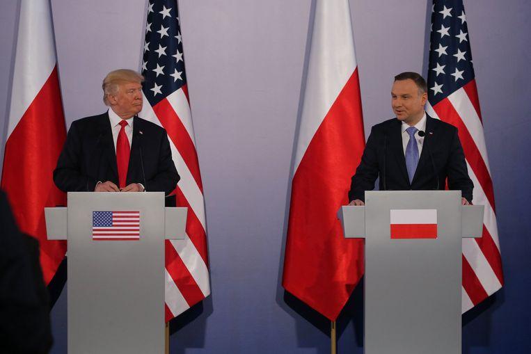 Trump op een persconferentie samen met de Poolse president Andrzej Duda.