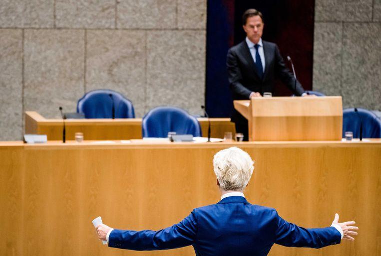 Geert Wilders (voorgrond) over Rutte: 'Ik heb een hekel aan zijn beleid en voor een groot deel aan zijn manier van politiek bedrijven. Maar niet aan de persoon.' Beeld ANP