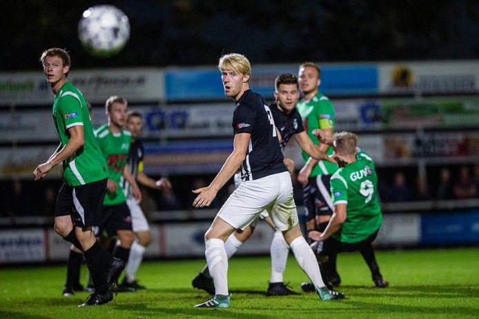 De hoofdklassers RKZVC en Silvolde spelen tegen elkaar in een zelf opgezette Regiocup.