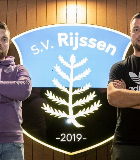 Broertjes Averesch zien potentie in SV Rijssen: 'De doelstelling is promotie'