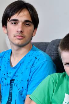 Broers Maksim (14) en Denis (10) opgepakt en moeten terug naar Oekraïne