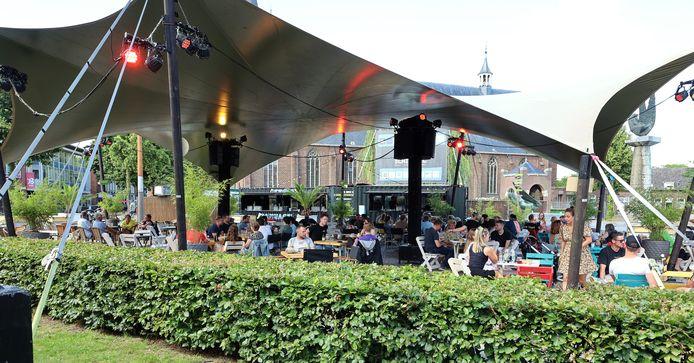 Op de Markt in Schijndel valt het grote én overdekte terras in de smaak.