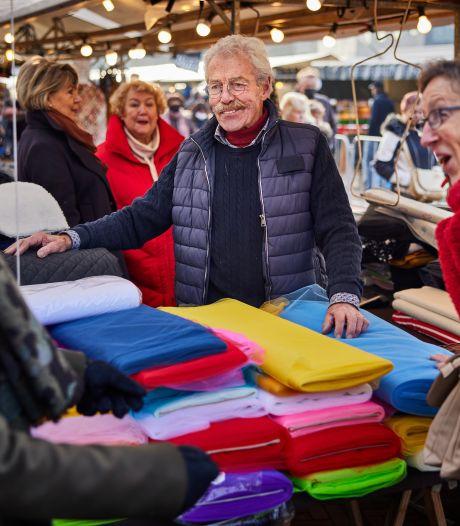 Gemist? Marktkoopman staat al 60 jaar op Binnenrotte en sneltesten voor 'gewone' bezoeker XL-teststraat
