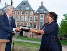Nadine Stemerdink nu echt burgemeester van Voorschoten
