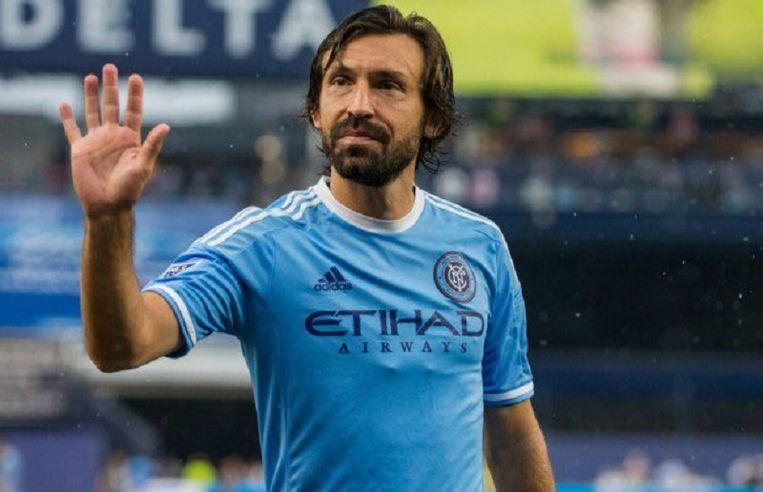 Andrea Pirlo zegt het profvoetbal vaarwel