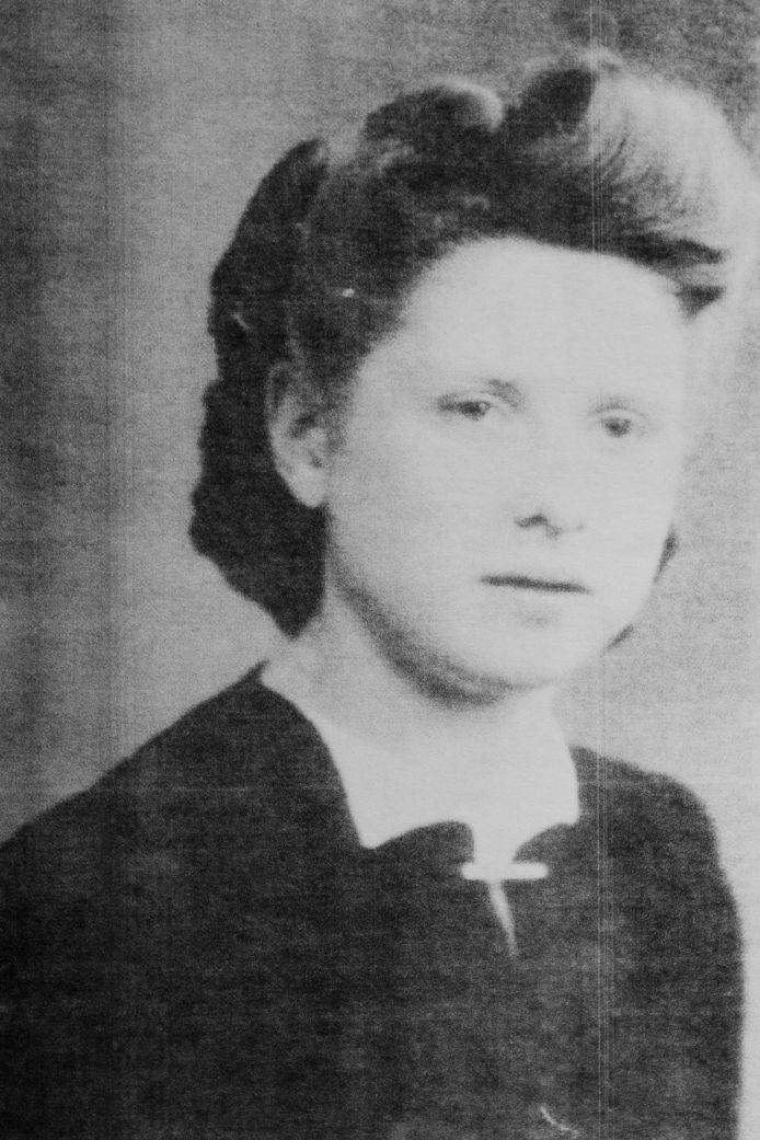 Paula Tonnoeyr in haar jonge jaren.
