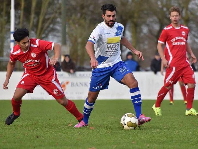Guillaume Clinckemaillie, hier in actie voor Hoek, speelt komend seizoen voor Goes.