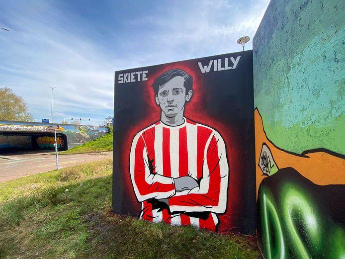 Bij de Berenkuil in Eindhoven is een graffiti-portret van Willy van der Kuijlen gemaakt. Dat is gemaakt door Boys From The South.