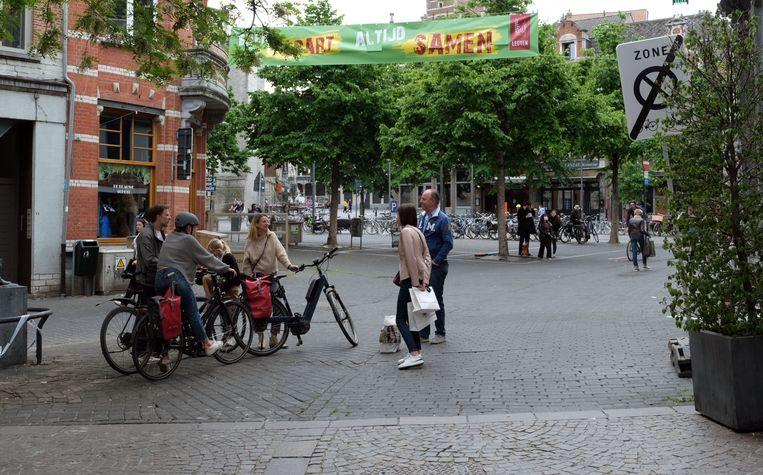 Heel wat mensen kwamen naar de stad en maakten een praatje. De opkomst vertaalde zich niet in opvallend meer aankopen.