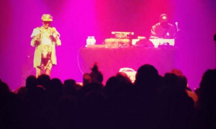Lee Perry (links) en de Mad Professor tijdens hun optreden in Doornroosje in Nijmegen, vorig jaar.