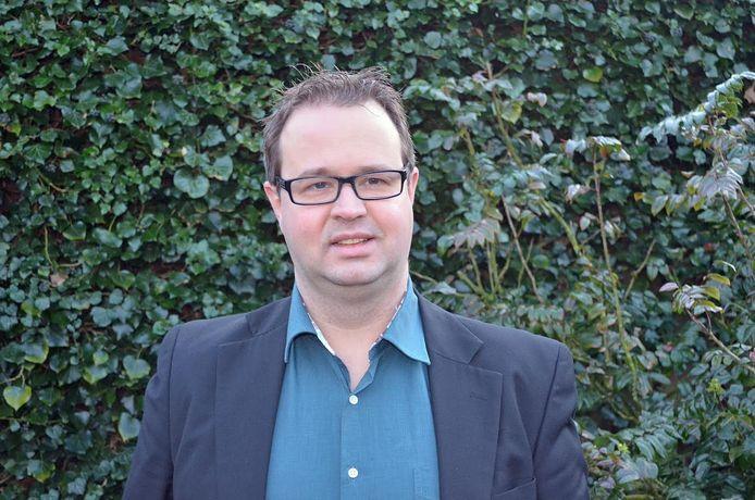 """Jolwin Dobbelsteen: """"Ik ken de politieke arena vanaf de zijlijn en vind het mooi, maar spannend om er nu deel van uit te gaan maken."""""""