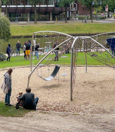 VVD Zwolle wil hardere aanpak overlastgevers Potgieterpark: 'Middelvinger naar Zwolle'