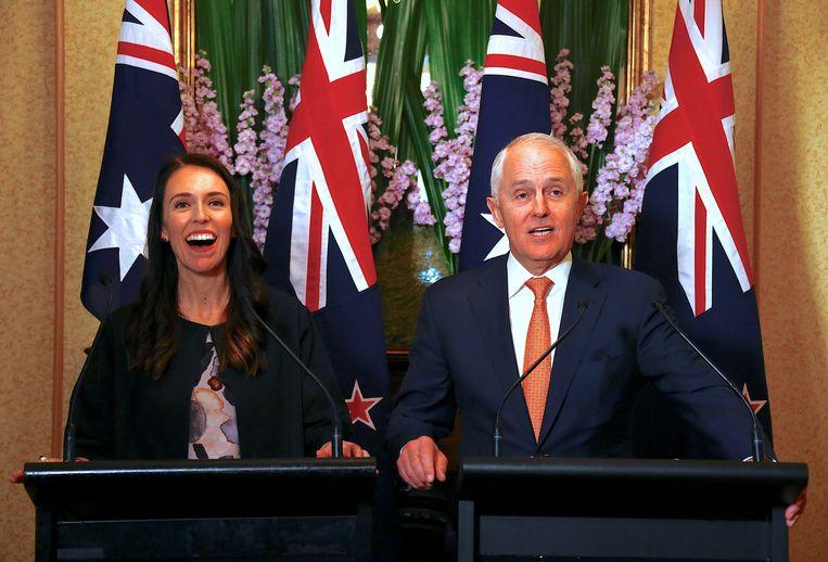 De Nieuw-Zeelandse premier Jacinda Ardern sprak vandaag met de Australische premier Malcolm Turnbull in Sydney. Beeld reuters
