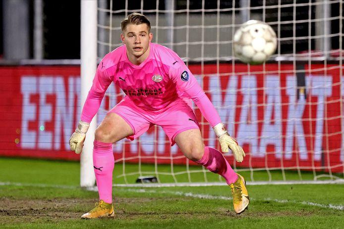 Vincent Müller heeft zich na een moeilijke start op een goede manier ontwikkeld bij Jong PSV. Samen met Maxime Delanghe is hij de keeper bij het beloftenteam.