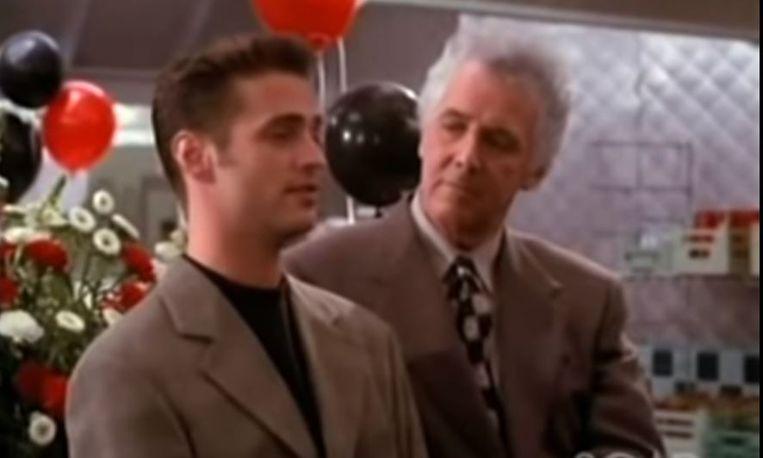 Jed Allan (rechts) in 'Beverly Hills 90210'. Beeld rv