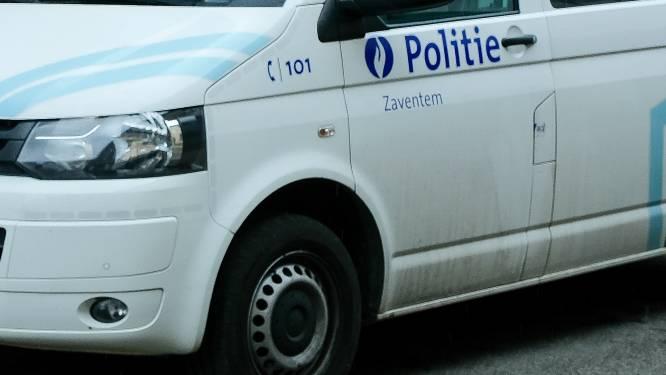 Politie vat drie metaaldieven in bedrijf
