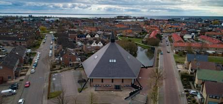 Burgemeester Urk roept kerken op tot corona-overleg