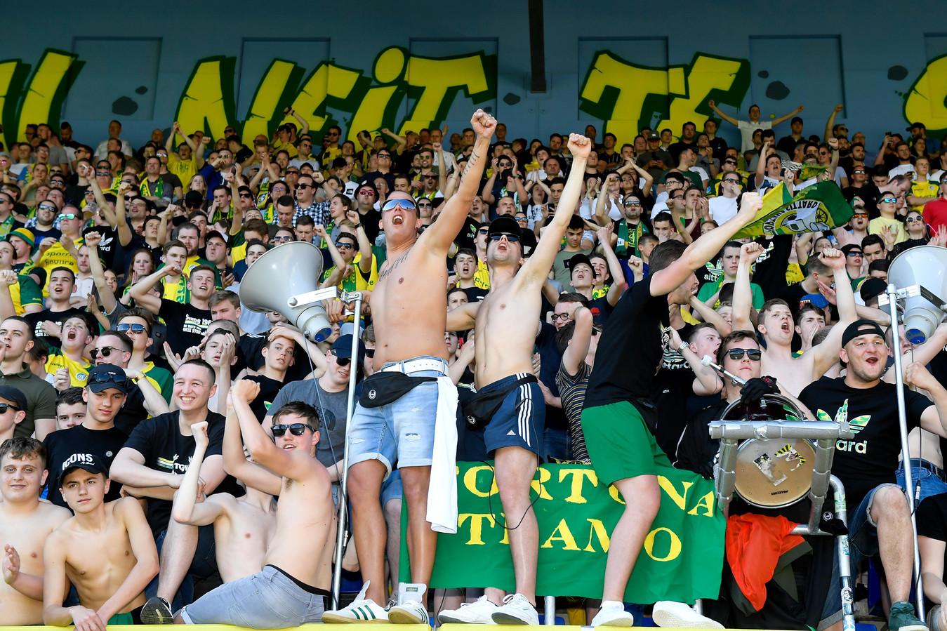 Supporters van Fortuna Sittard.