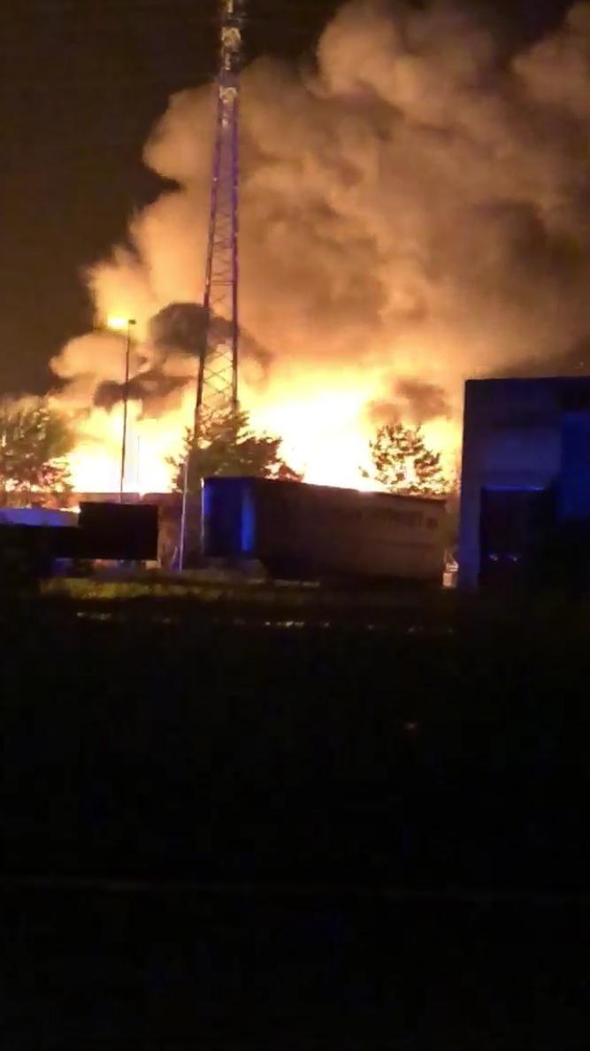 De brand ging gepaard met hevige rookontwikkeling.