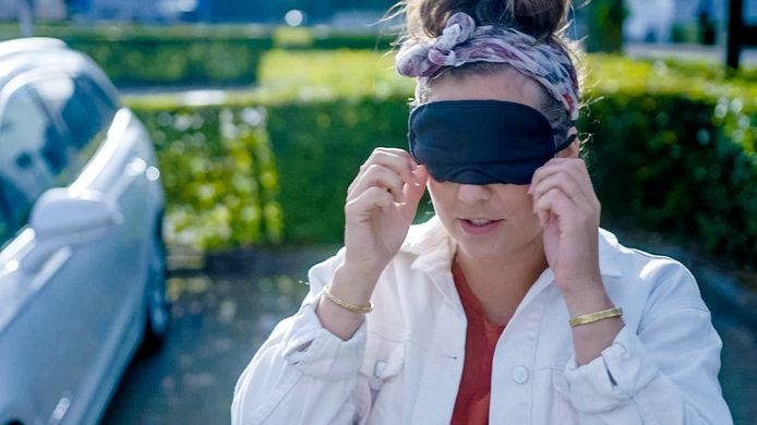 Ook Frances Lefebure werd 'Blind Gedropt' om vrijwilligerswerk in de kijker te zetten.