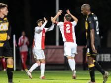 NAC krijgt in spektakelstuk pak slaag van Jong Ajax: 'Het was een schiettent'
