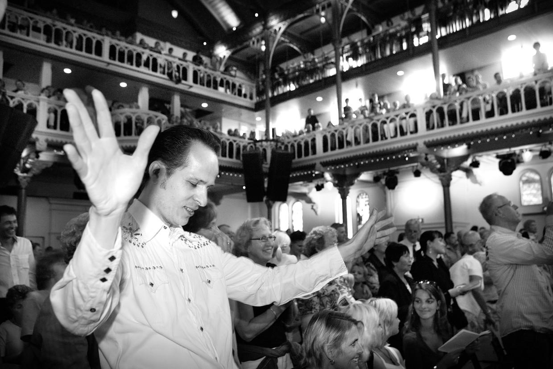 Kerkdienst met Elvis Gospel in Paradiso, Amsterdam.