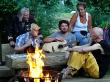 Hellendoorns streektaalfestival Zunnewende viert de langste dag