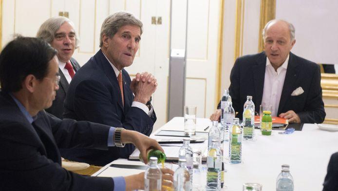 John Kerry, secretaris Ernest Moniz en Franse minister buitenlandse zaken Laurent Fabius