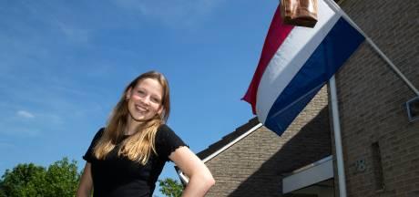 Eindelijk kan de vlag uit: 'Ik heb echt hard gewerkt voor de examens. Leren, leren, oefenen, oefenen'