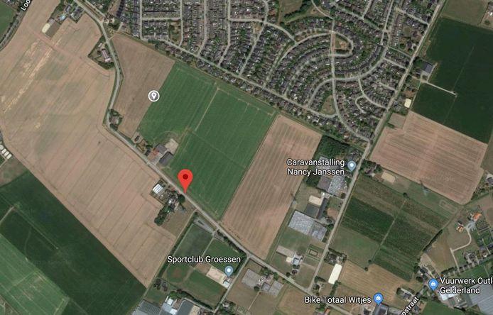 Het stuk grond tussen de Veldstraat en de Molenstraat waar mogelijk woningbouw komt.