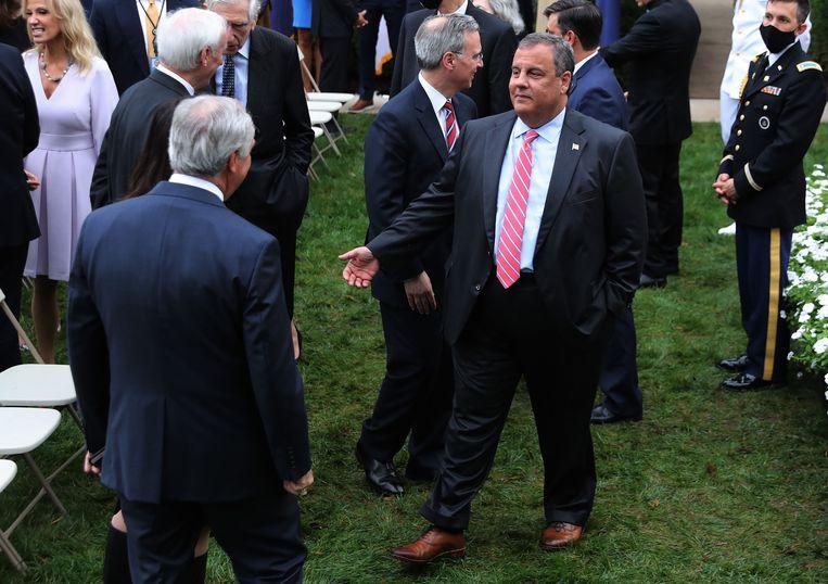 Christie geeft toe dat hij fout zat door onder meer geen mondmasker te dragen tijdens de bijeenkomst bij het Witte Huis waarin eind september tal van aanwezigen besmet raakten.  Beeld AFP