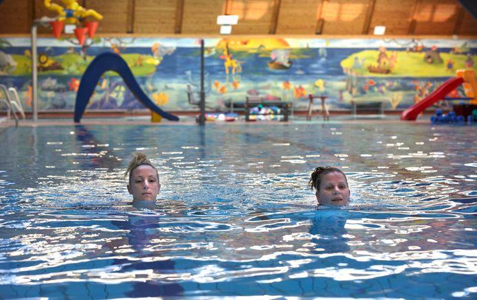 Foto van zwembad Dukenburg ter illustratie.
