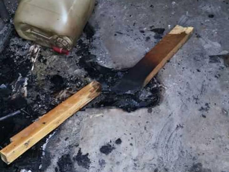 Brand keet tuinderij De Groentetuin in Uden mogelijk aangestoken