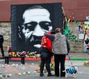 Vorig jaar liepen woedende protesten over de dood van Floyd uit op plunderingen en rellen.