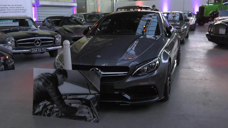 Eerste auto Max Verstappen geveild  voor 136.000 euro