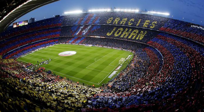 Camp Nou herdacht Johan Cruijff in 20916 met een indrukwekkend schouwspel.