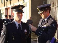 Erepenning voor sergeant vliegbasis Volkel voor redden van buurman: 'Flabbergasted'