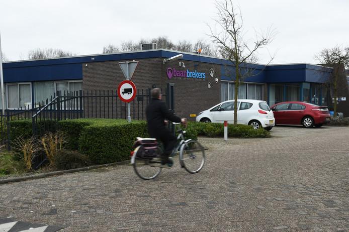 Baanbrekers, de sociale dienst en werkvoorziening in De Langstraat heeft minder geld nodig van Waalwijk, Heusden en Loon op Zand.