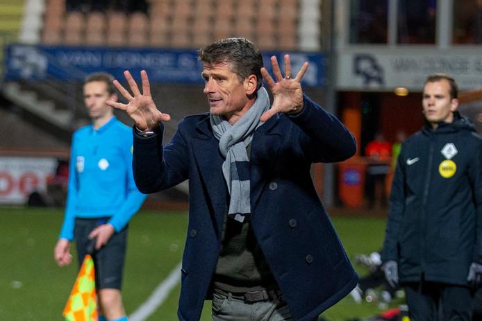 Wim Jonk heeft met FC Volendam de periodetitel voor het grijpen.