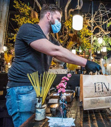 Vietnamees streetfood aan eigen tafel van het doorgaans hectische Little V