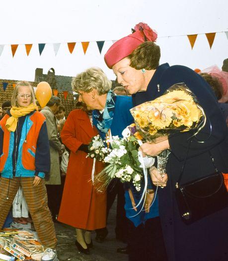 Oranjevereniging Buren maakt jubileumboekje: 'U mag de blokken wel gratis meenemen', zei Marije in 1991 tegen koningin Beatrix
