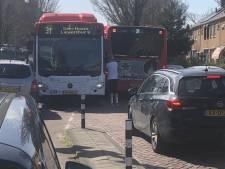 Bewoners zijn helemaal klaar met zware bussen: 'De situatie verergert alleen maar'