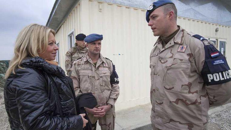 Minister Jeanine Hennis-Plasschaert van Defensie op werkbezoek in Afghanistan. Beeld anp
