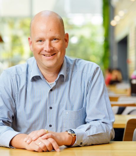 ASML in Veldhoven gaat snel weer met 250 man naar kantoor